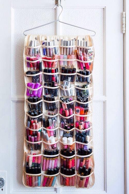 14 DIY Makeup Organizer Ideas That Are So Much Prettier Than Those