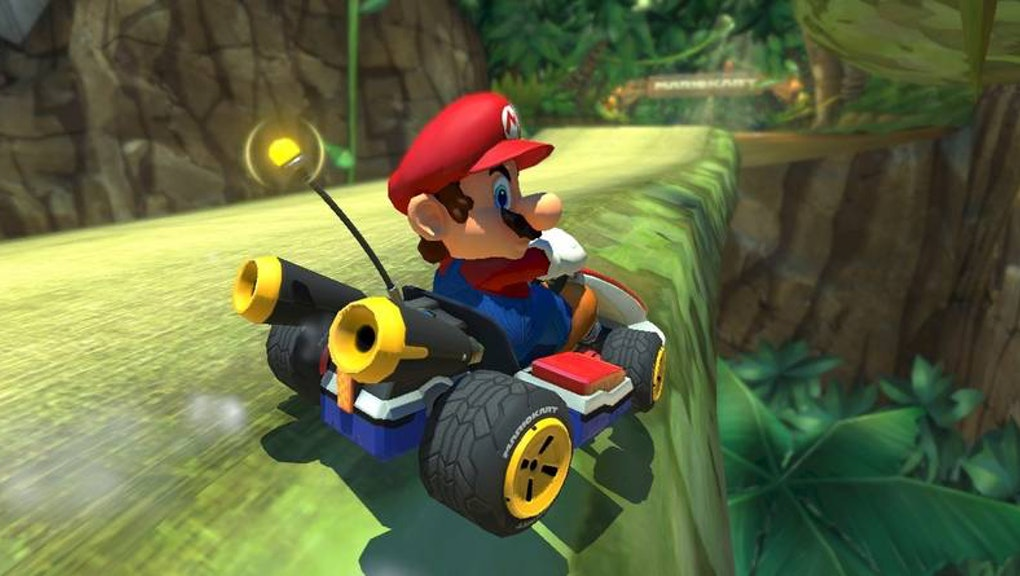 Mario Kart 8 Deluxe' Smart Steering: Is it cheating or a