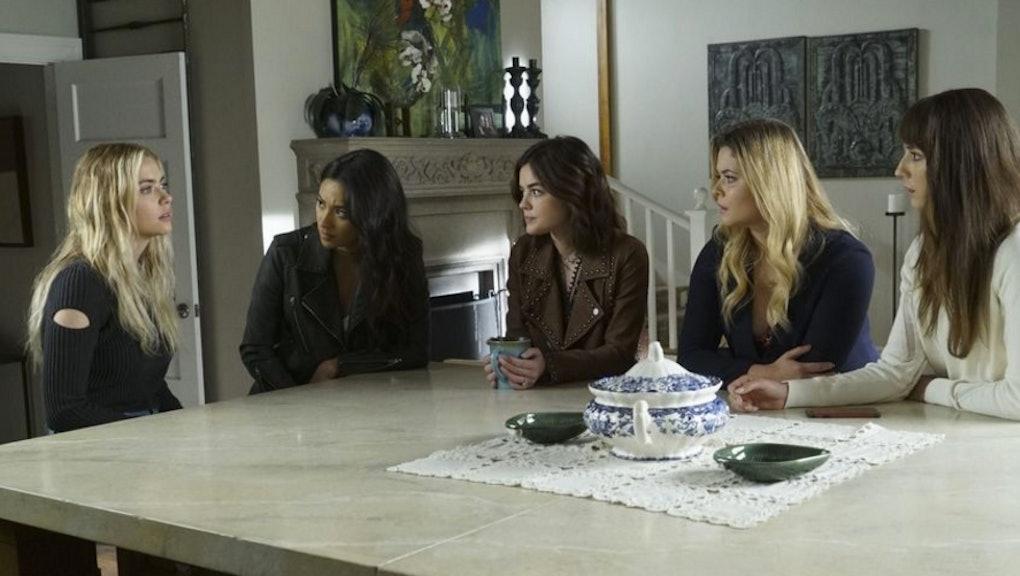 Pretty Little Liars' season 7 summer finale: Death and a pregnancy
