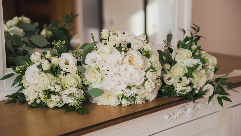 Wedding Flower Arrangements.What To Do With Wedding Flowers This Service Repurposes Floral