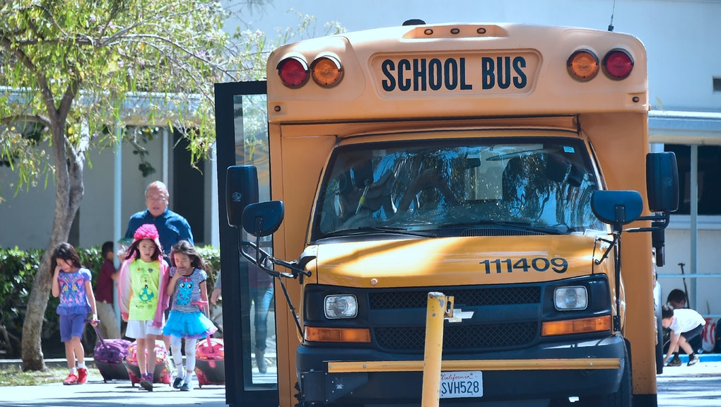 Muslim bus driver in Atlanta is suing elementary school