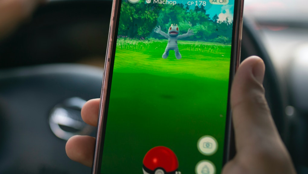 Pokémon Go' tips and cheats: How to change teams and change
