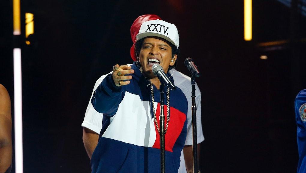 Bruno Mars '24K Magic' Review: A 33-minute catcall set to slick