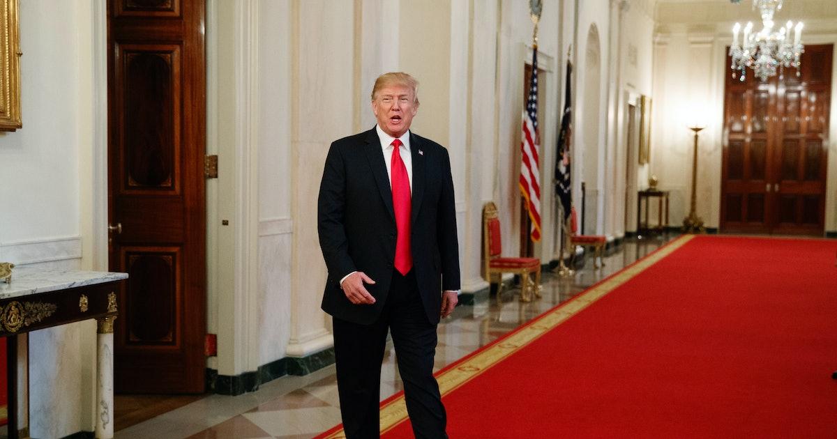 Trump defends impulsive trade war in bizarre Mar-a-Lago Twitter rant