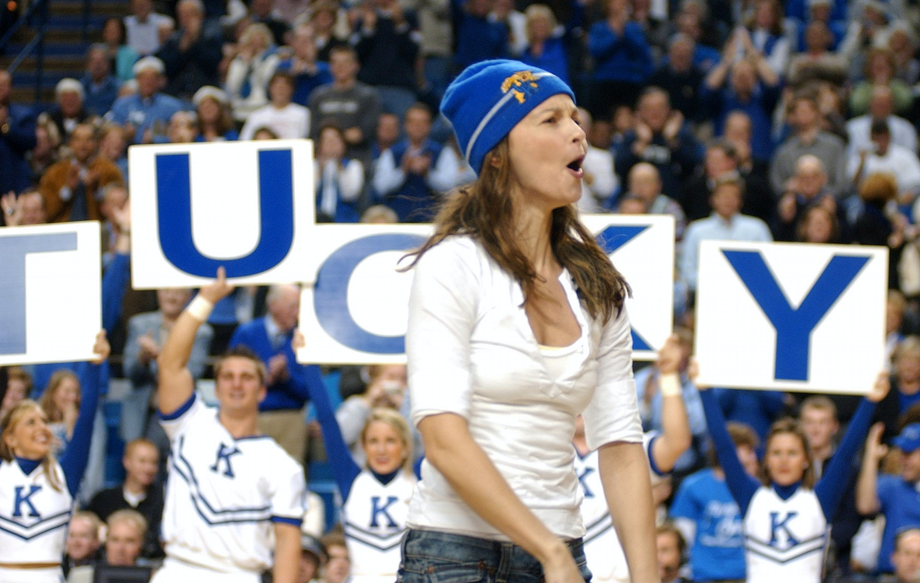 Ashley Judd Cunt forget your team: your online violence toward girls and