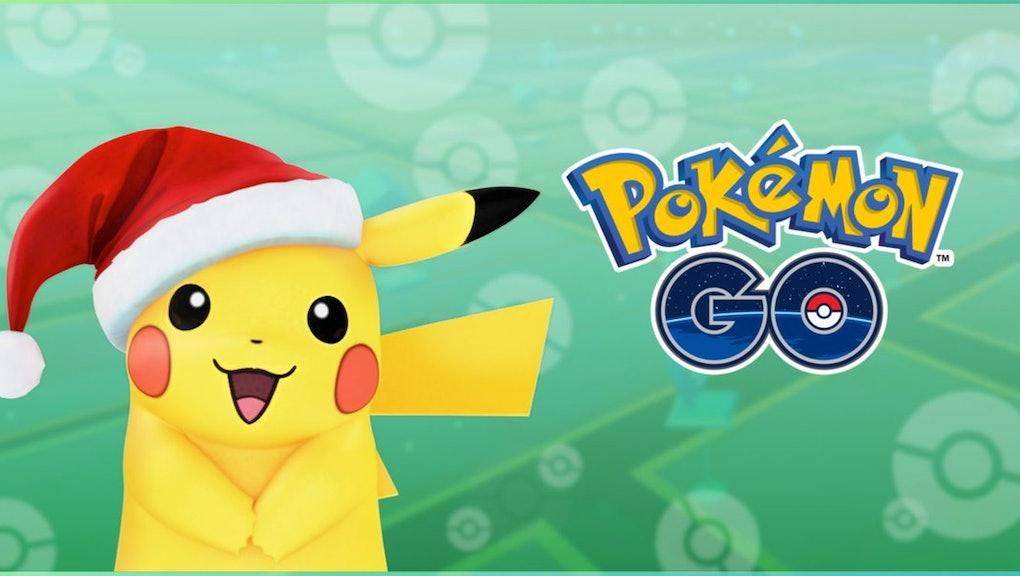 Christmas Pikachu.Pokemon Go Christmas Pikachu Will The Santa Hat Remain