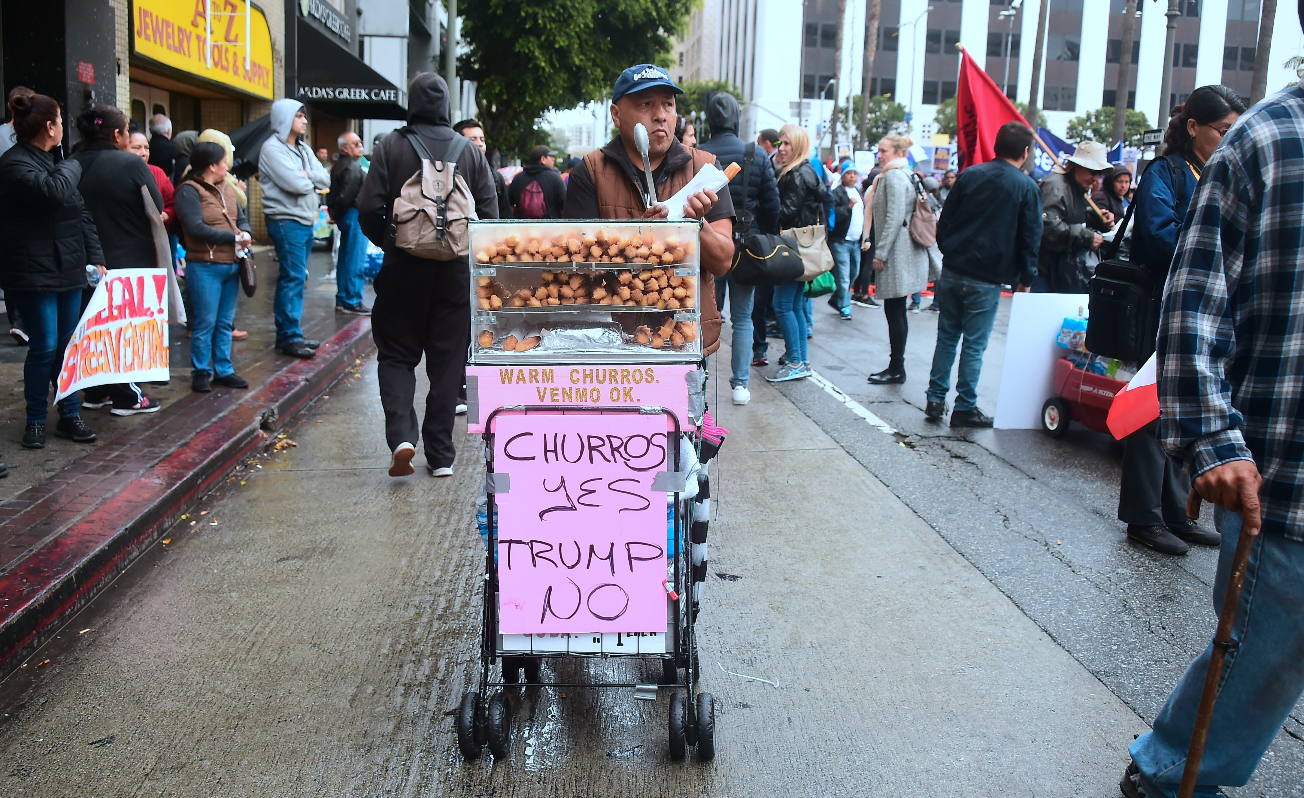 Selling street food is no longer a crime in California, easing fears