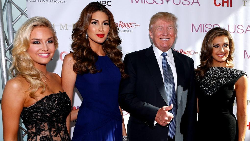 Former Miss Arizona Says Trump Would Walk In on Half