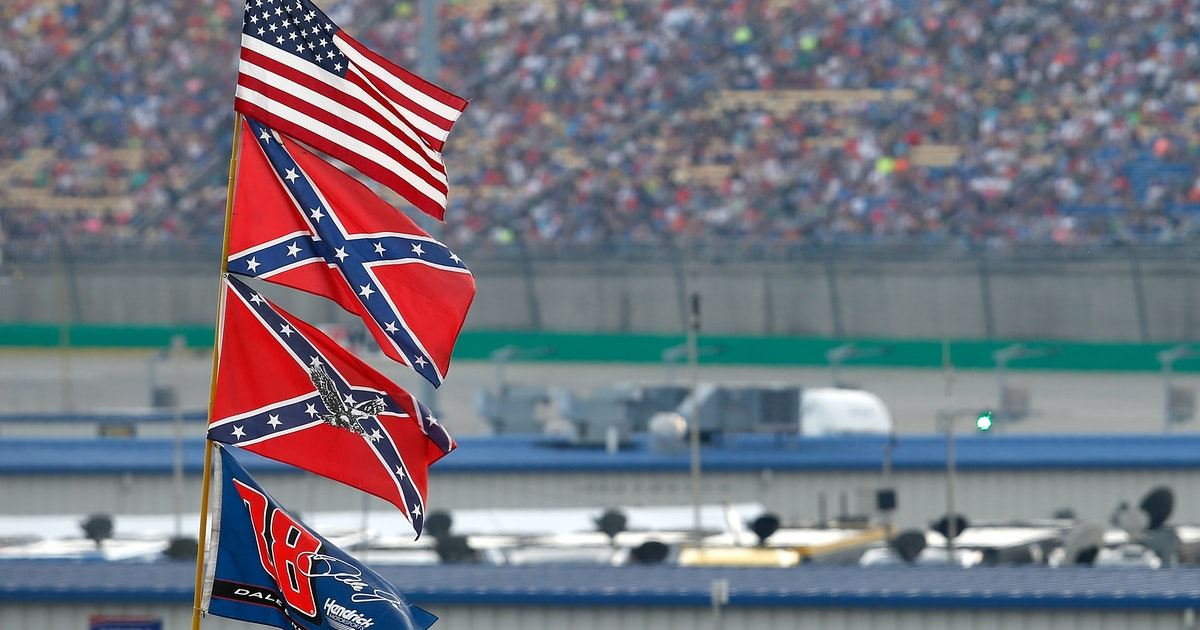 NASCAR officials say they'll fire anthem protesters — but they let fans fly the Confederate flag