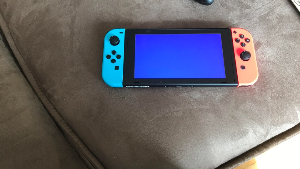 Nintendo Switch Issues: Blue screen and orange screen bugs reported