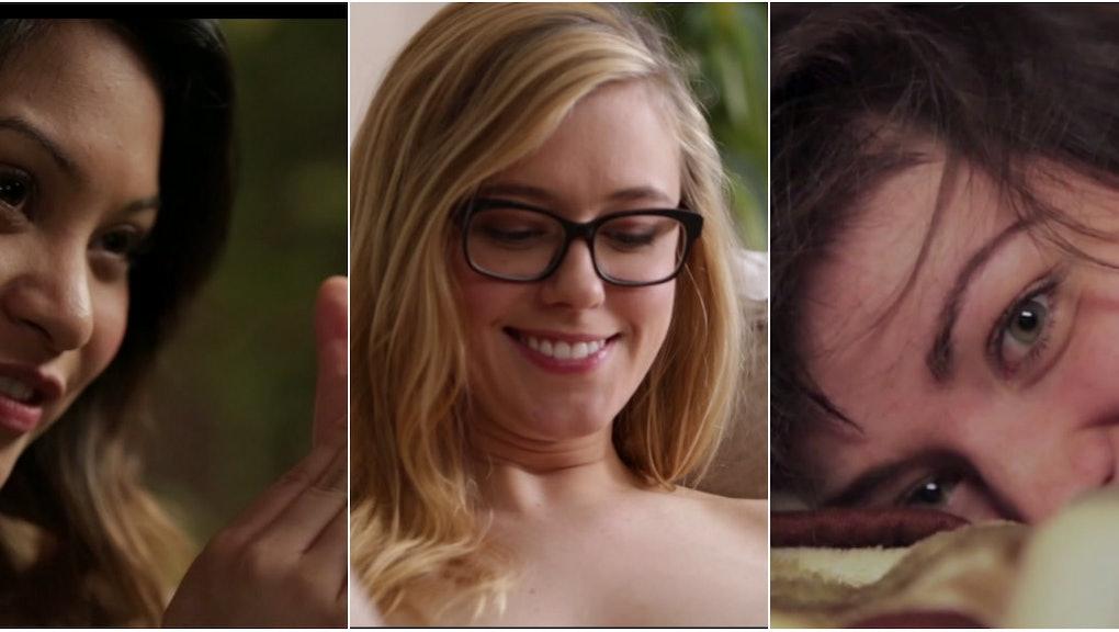 webcam blonde dildo footjob