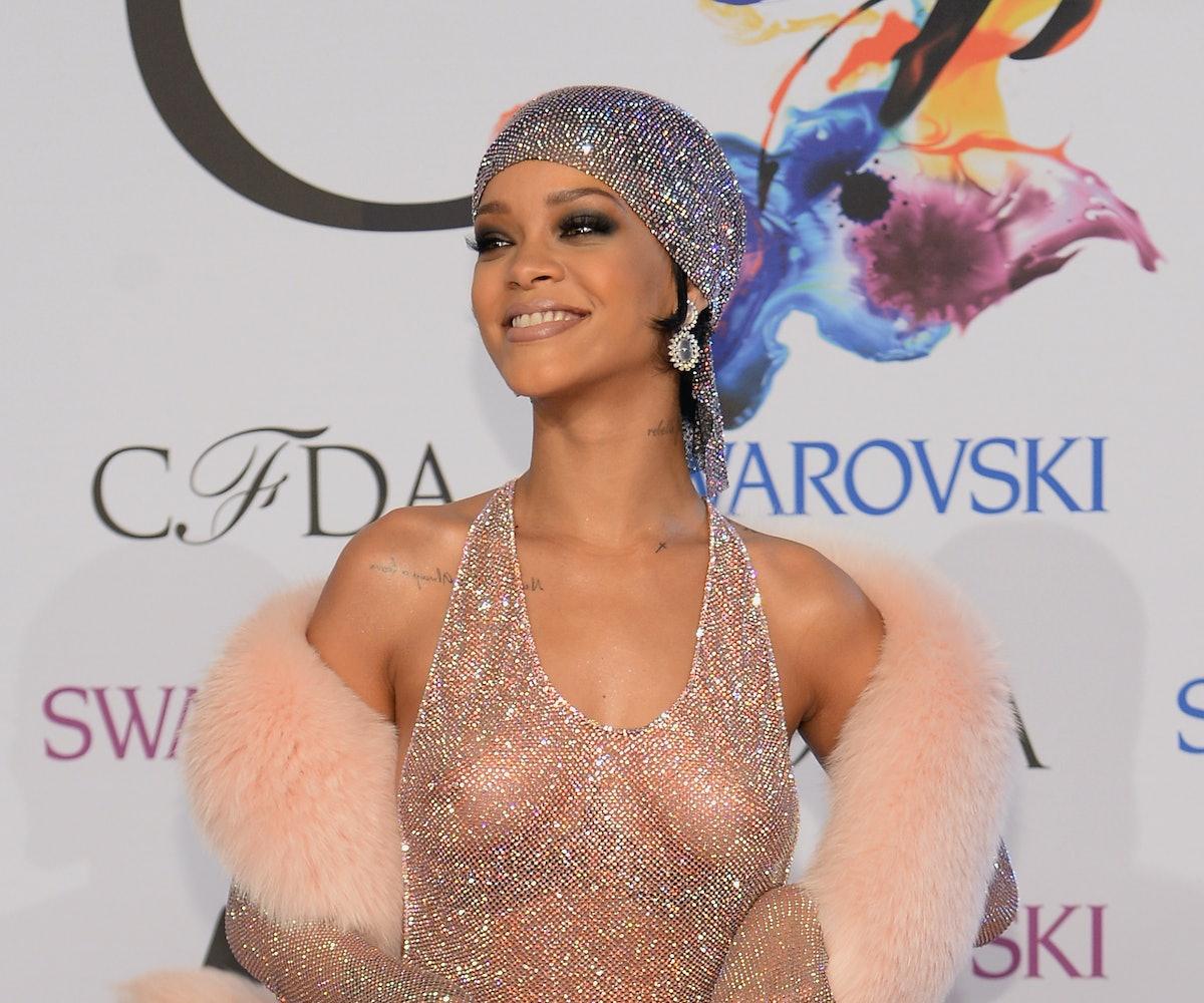 Nipples rihanna Rihanna Shows