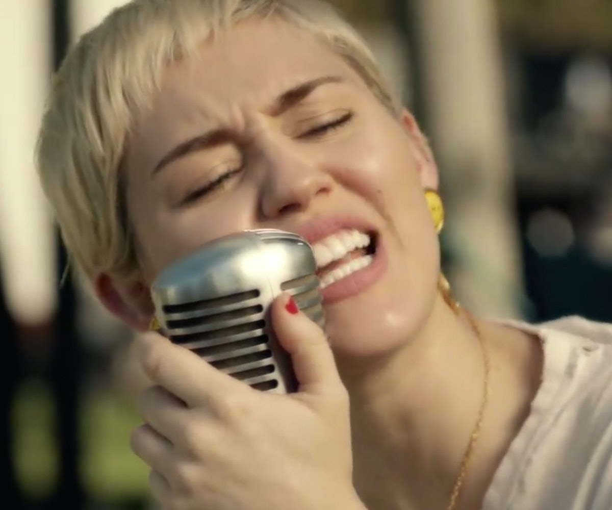 Miley Cyrus And Joan Jett Perform Different Happy Hippie Presents Backyard Sessions