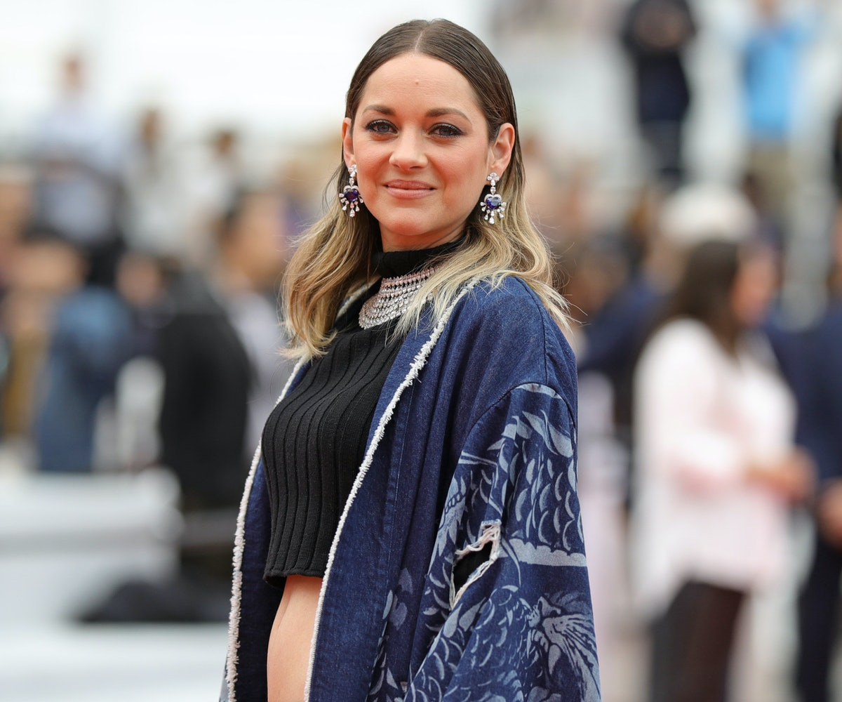 Marion Cotillard Wore A Crop Top And Shorts To Cannes
