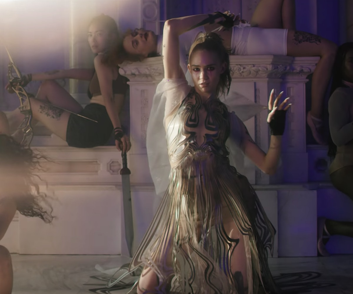 grimes features killer choreo in new violence video grimes features killer choreo in new