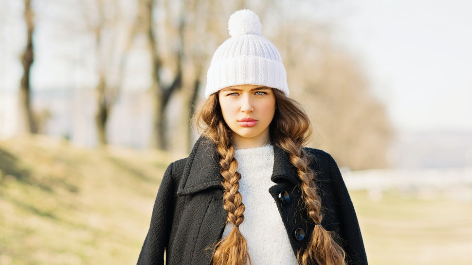3c5893857a2ba 11 Hairstyles That Look Amazing Under A Beanie — VIDEOS
