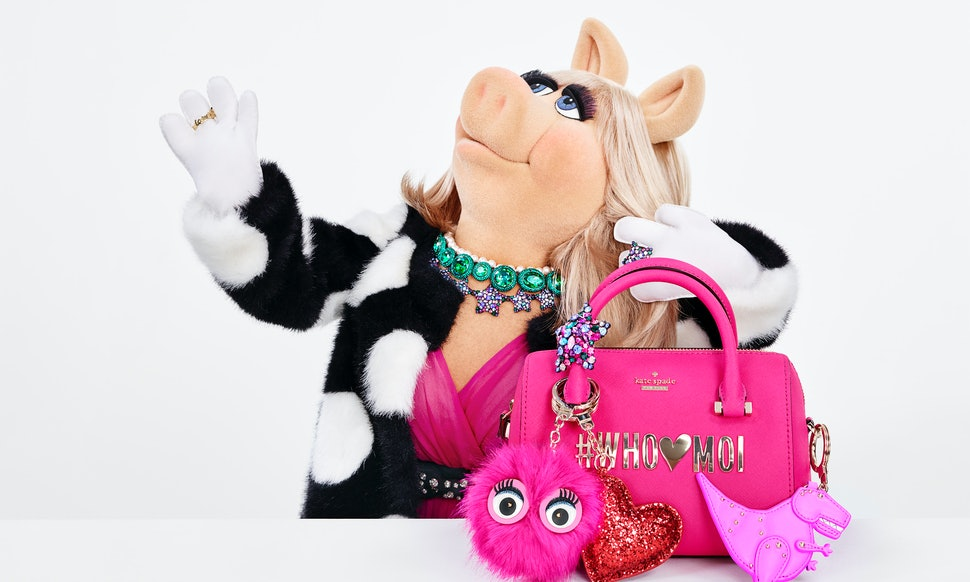 what s in kate spade s miss piggy holiday collection here s what