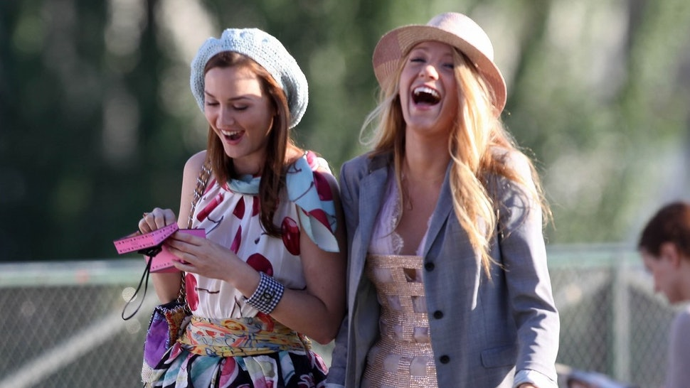 16 Things That Happen When You See Your Best Friend For The First