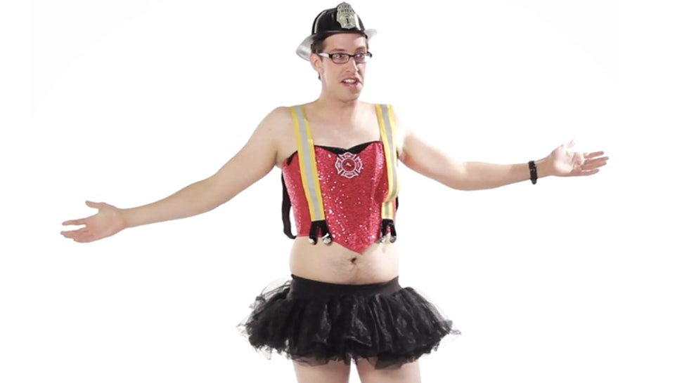 Buzzfeeds Men Try On Ladies Sexy Halloween Costumes Is Just As