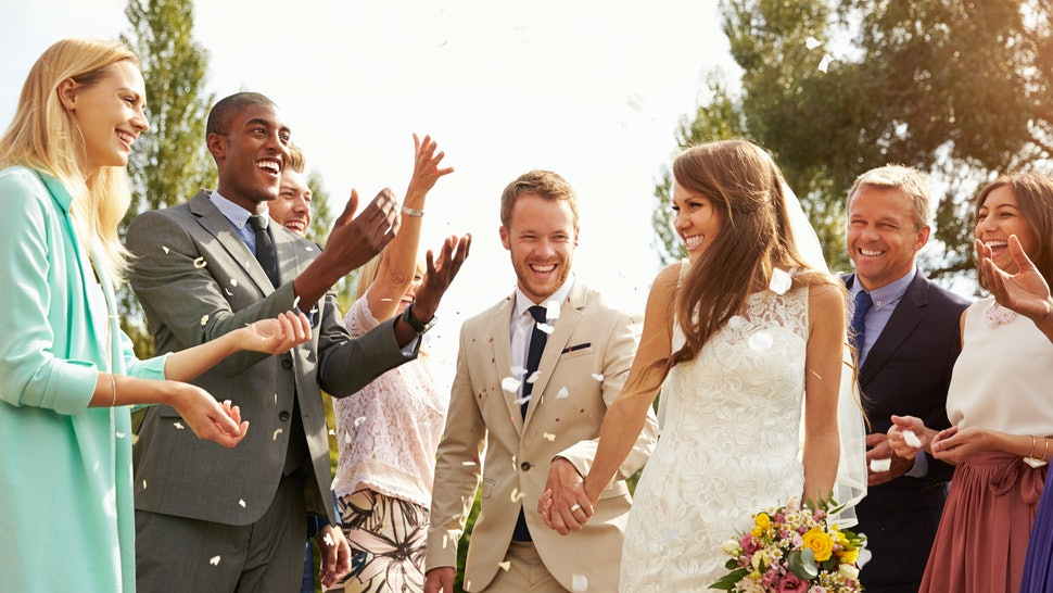 This Is The Average Number Of Wedding Guests In The Us