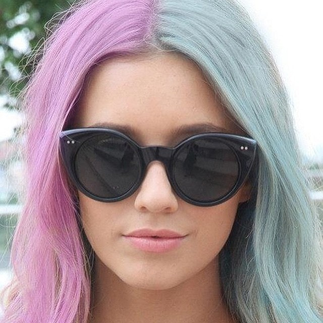 15 Half-And-Half Hair Dye Ideas That\'ll Inspire You To Try The Split ...
