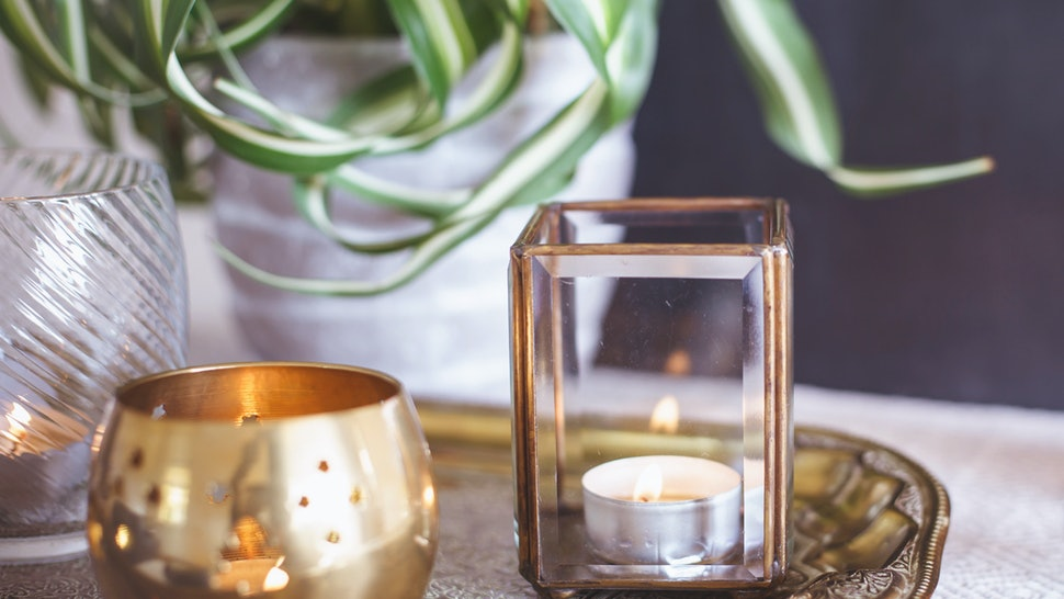 6 Candle Mistakes Youre Making That Are Messing With Your Perfect Burn