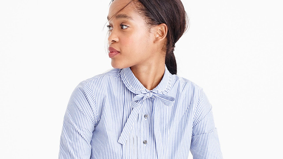 3da0feae5d 15 Business Casual Wardrobe Essentials You Need In Your Closet — PHOTOS