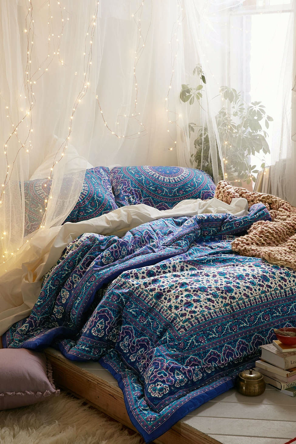 12 Ways To Make Your Bed