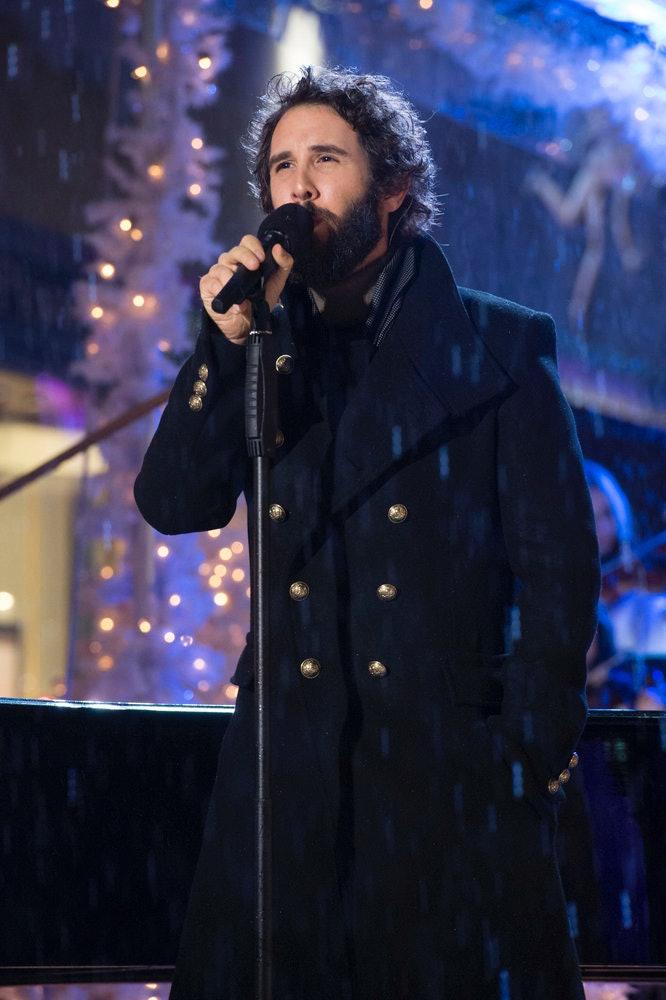Josh Groban Performs At \'Christmas At Rockefeller Center\' Because ...