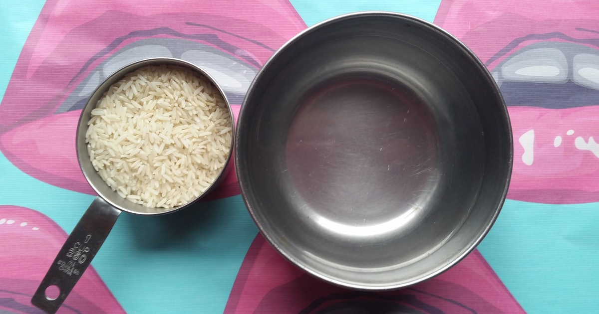 I Washed My Face With Rice Water For A Week, & Here's What Happened To My Skin