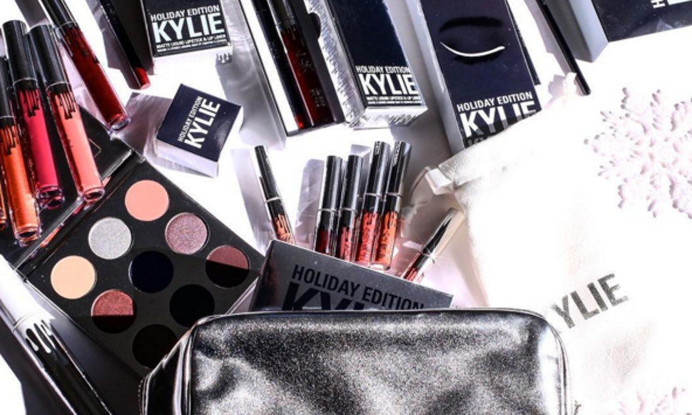 how to win the entire kylie cosmetics holiday edition collection take your christmas to the next level