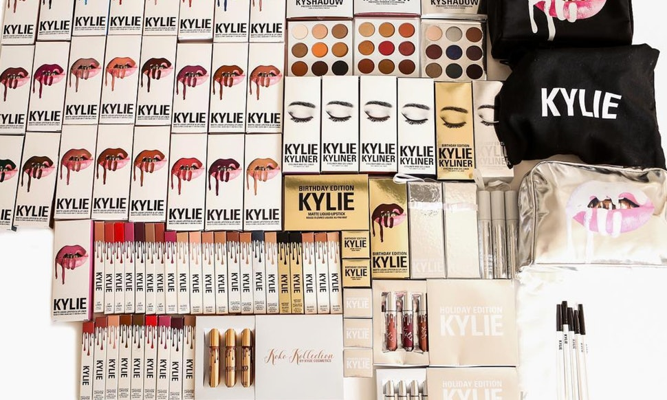when is the last day to order kylie cosmetics to get a lip kit in time for christmas