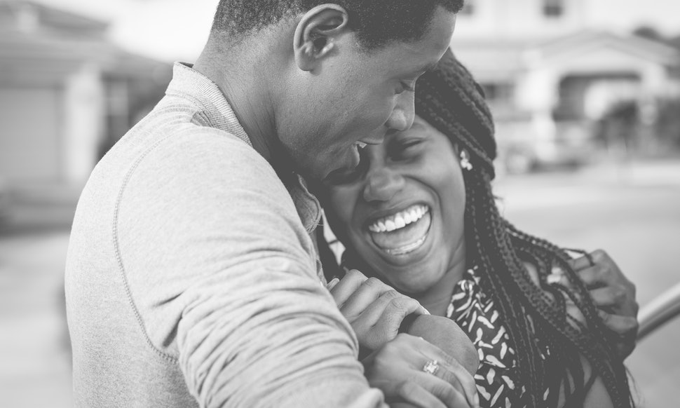 Do Lovers Always Tease Each Other? Study Shows How Couples Handle Laughter and Banter