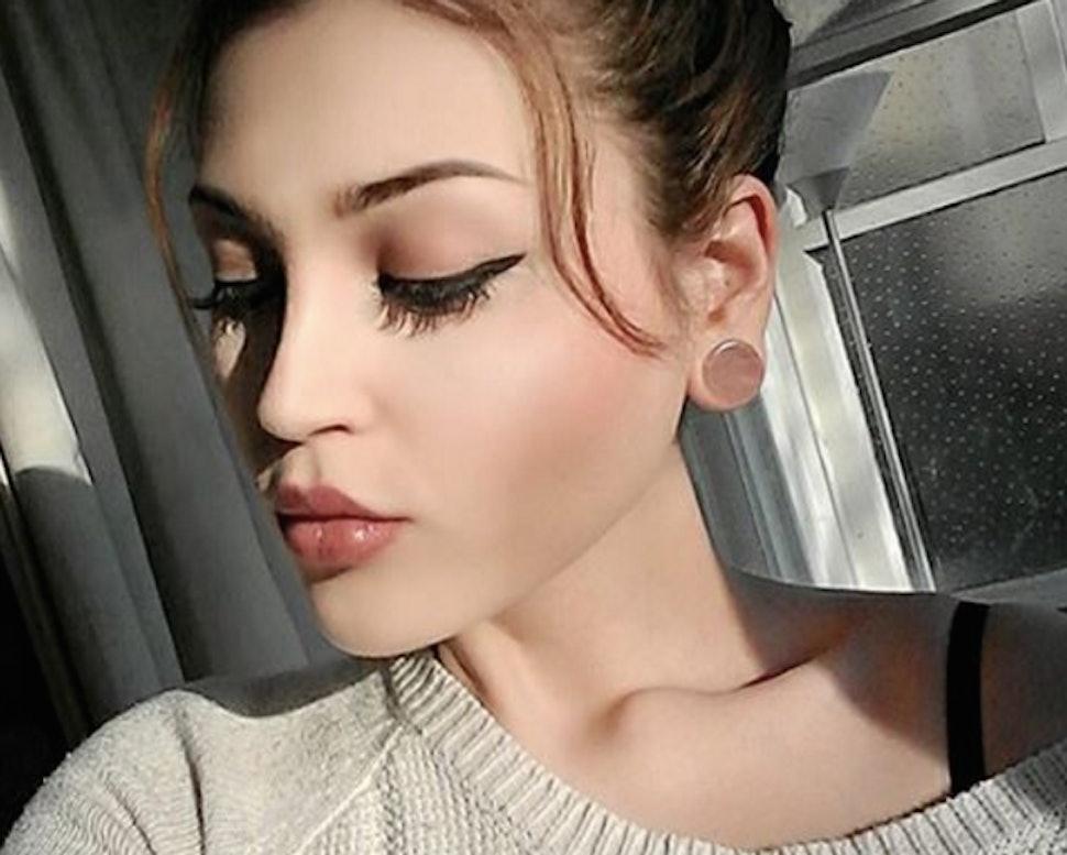 11 Photos Of Gauged Ear Piercings That Prove Bigger Is Often Better