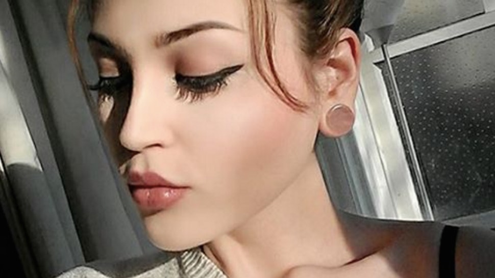 11 Photos Of Gauged Ear Piercings That Prove Bigger Is Often Better