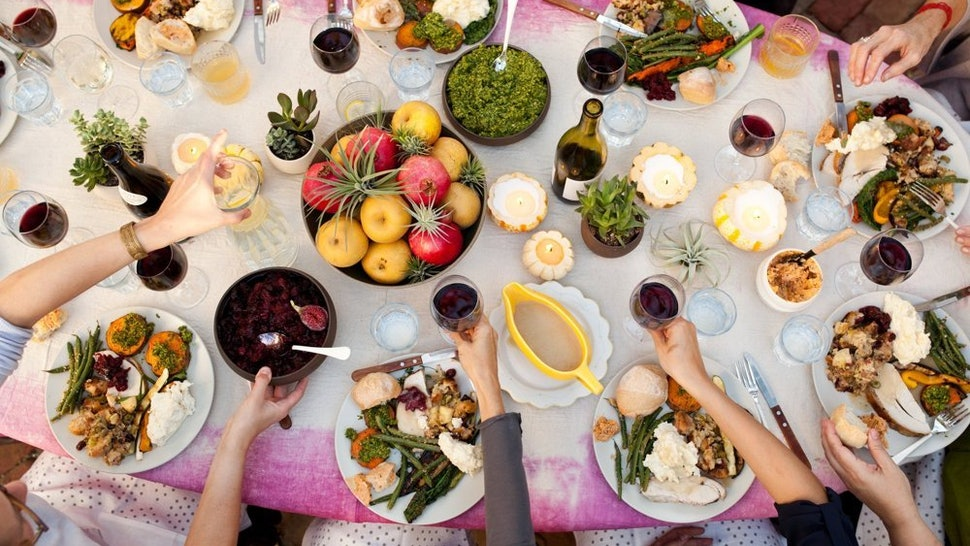 How To Do Thanksgiving In A Small Space When All Your Friends Are Coming Over
