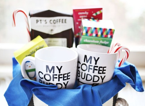 9 Last Minute Gifts You Can Make With A Mug Starting Super Cute Coffee Basket