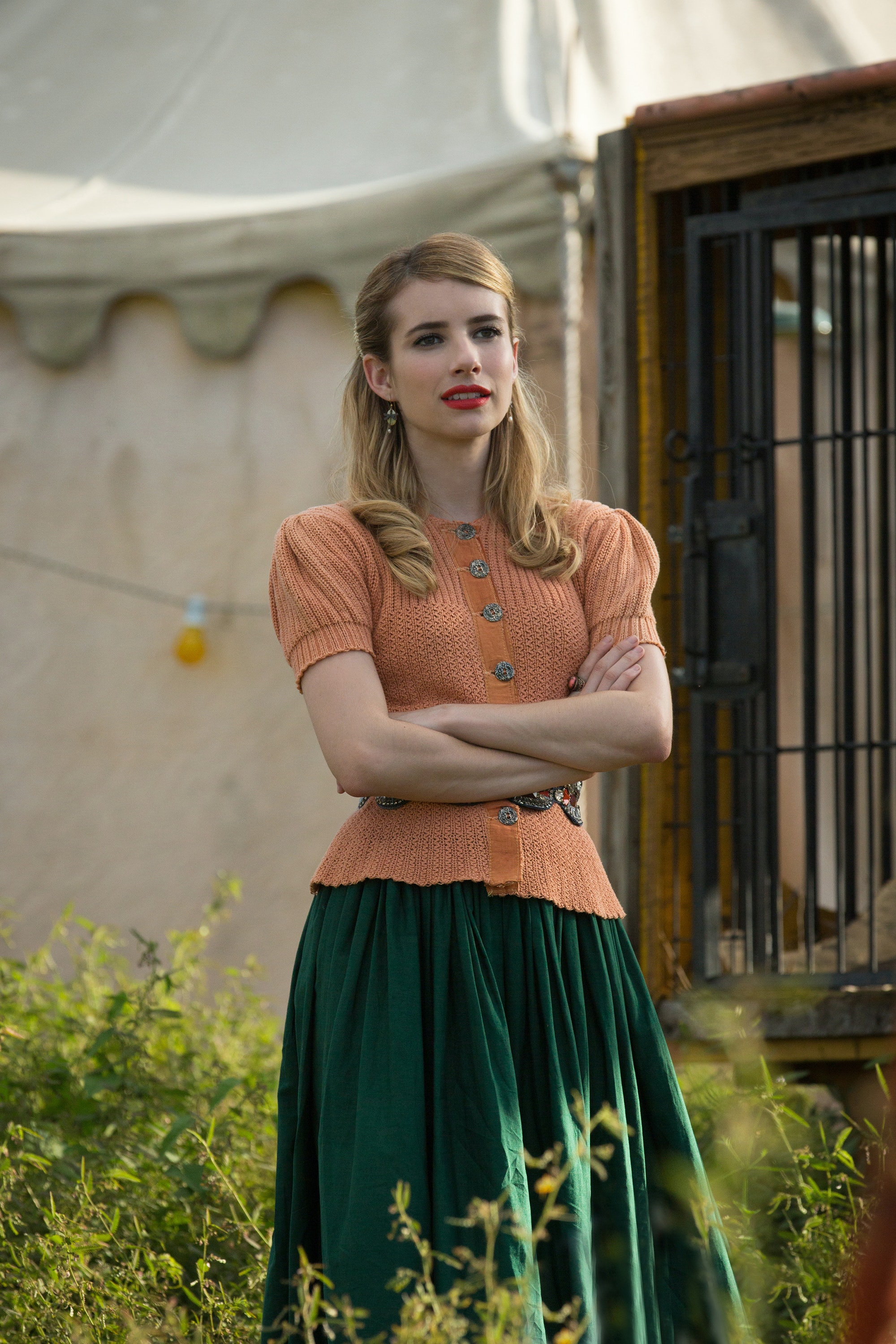 Will Emma Roberts Return For Ahs Season 5 4 Reasons Why Her New Show Is A Better Fit