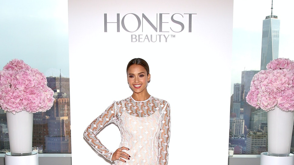Jessica Alba Launches Honest Beauty App That Let S You Try On Makeup