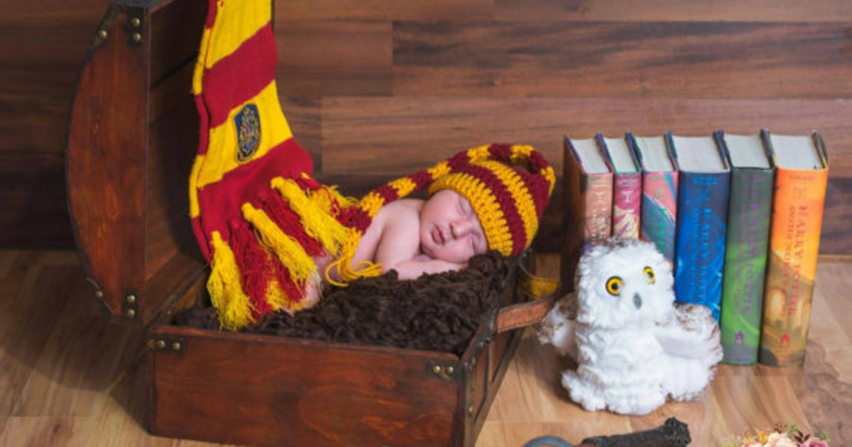 61e6a2bf6 16 'Harry Potter' Baby Gifts To Adorably Nerd Up Your Friends' Baby Showers