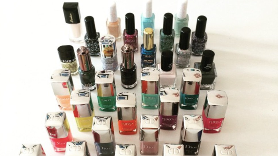13 Hacks For Old Nail Polish That Have Absolutely Nothing To