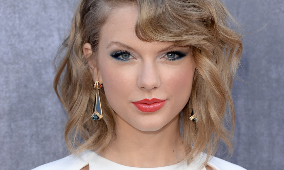 Taylor Swift Fans Know That Saying These 9 Things Are Totally