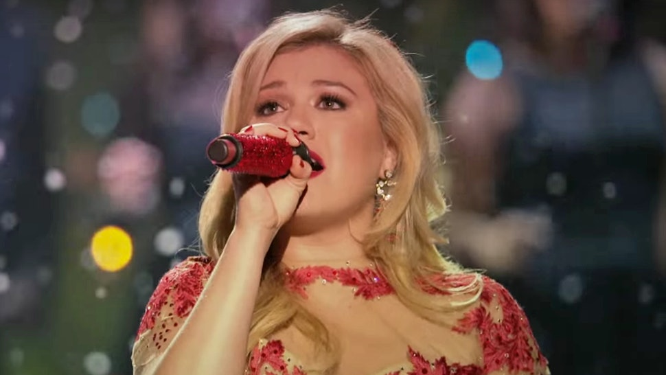 16 Christmas Pop Songs That Totally Sleigh, From Kelly Clarkson To  Destiny's Child — LISTEN - 16 Christmas Pop Songs That Totally Sleigh, From Kelly Clarkson To