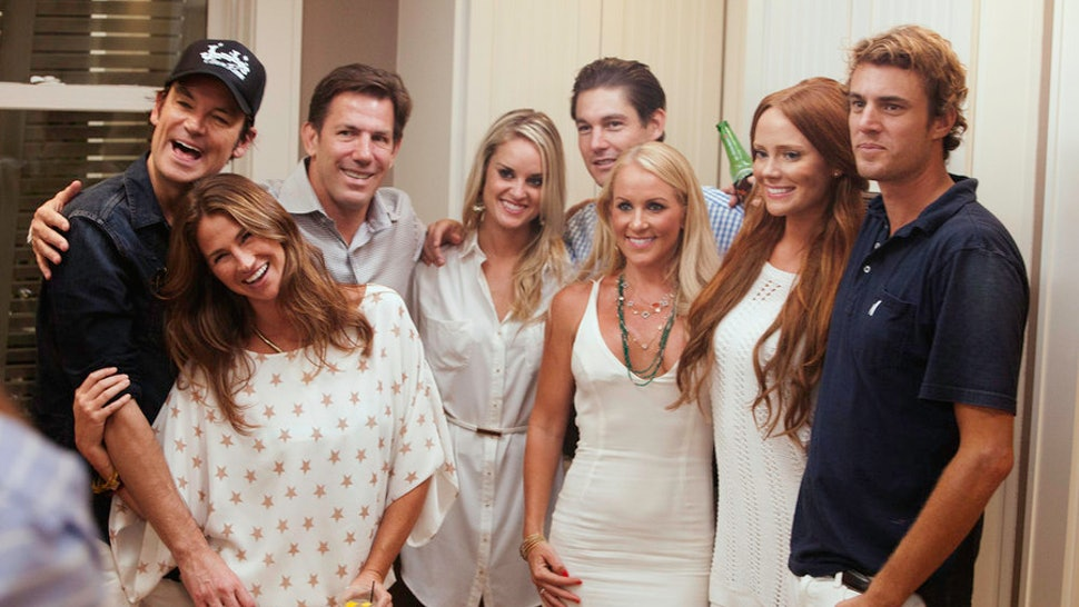 Southern Charm Theme Song It S Easy Perfectly Matches Every Dude In The Cast I Can Prove