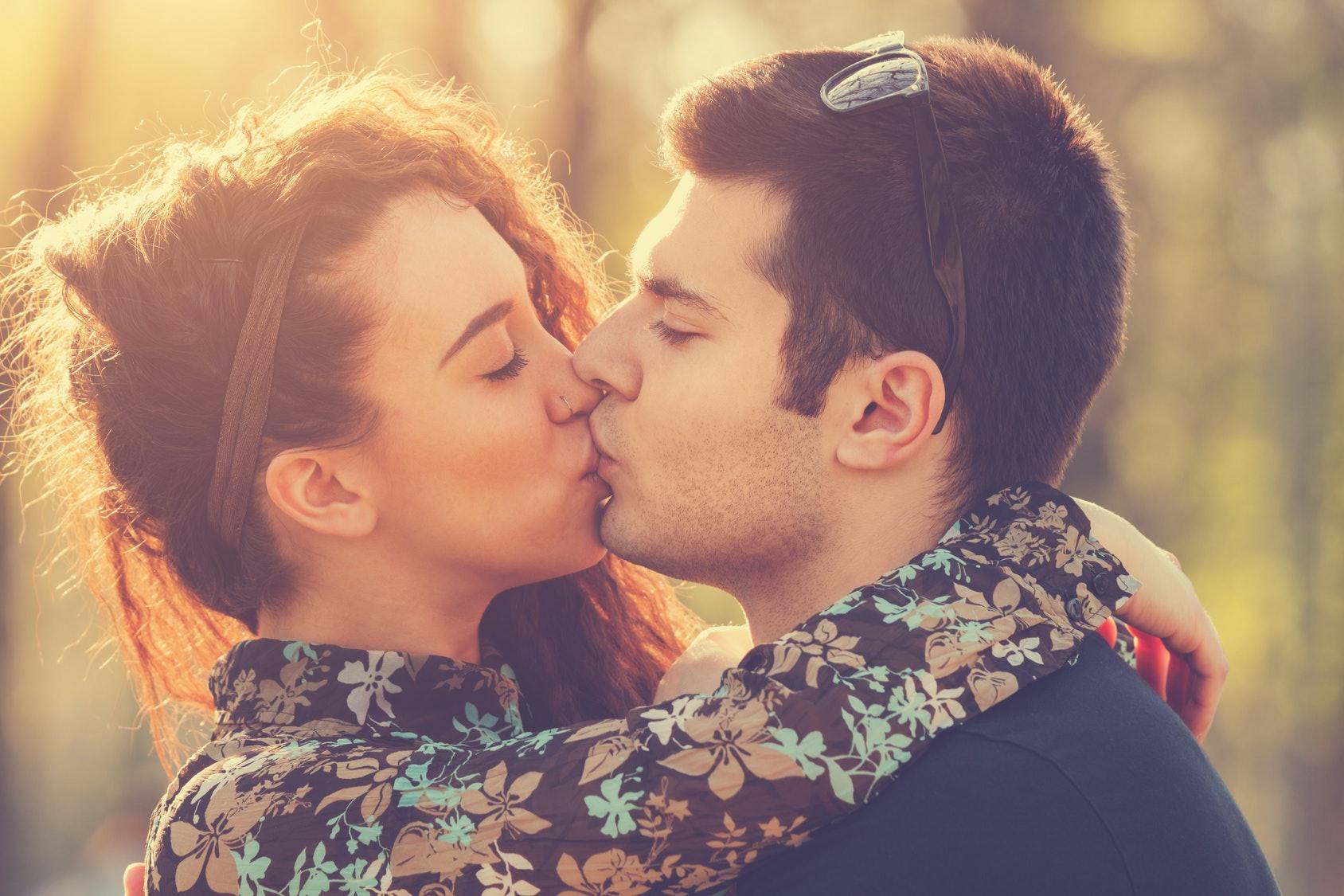 A hotter kiss a better fuck