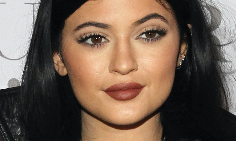Kylie Jenner Gets Her False Lashes At Cvs Because She Can Sometimes