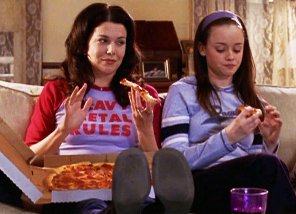 What Makes Up The Diet Of A Gilmore Girl? Lorelai & Rory Have Very ...
