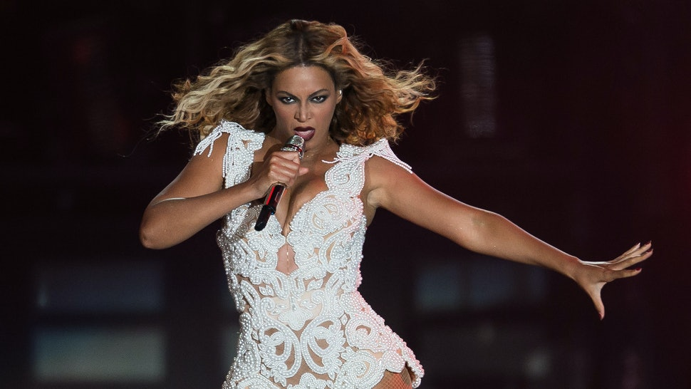 e3514fe560b Wondering What to Wear To a Beyonce Concert  5 Outfit Ideas Sasha Fierce  Would Approve Of