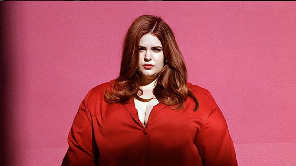 6a1ddf9ee47 8 Times Tess Holliday Challenged Oppressive Beauty Standards