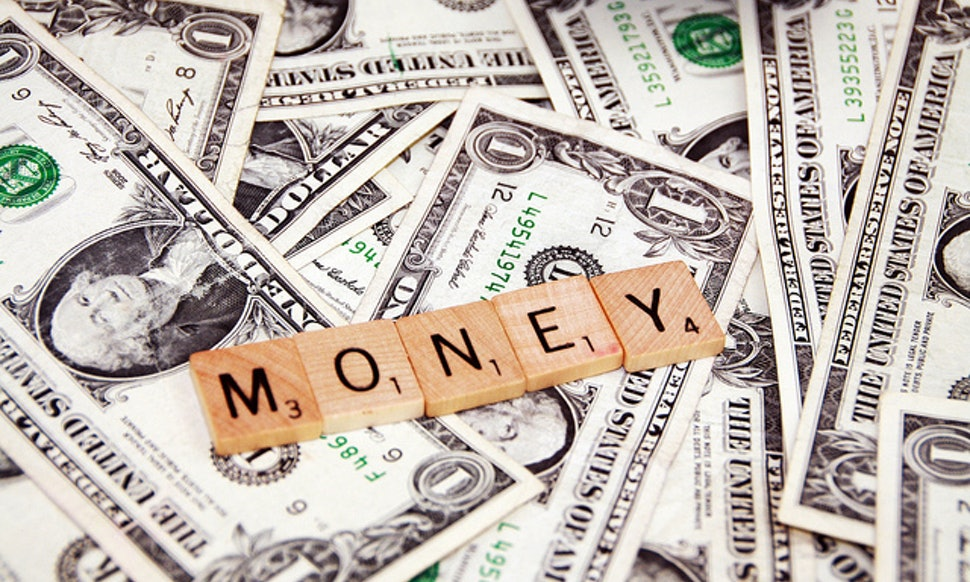 What Do Dreams About Money Mean 9 Common Financial Dreams Deciphered